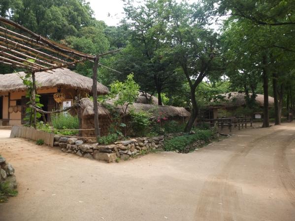 Folk-Village-13